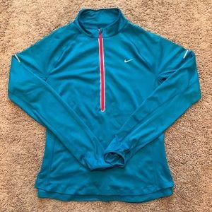 Nike drift long sleeved 1/4 zip shirt